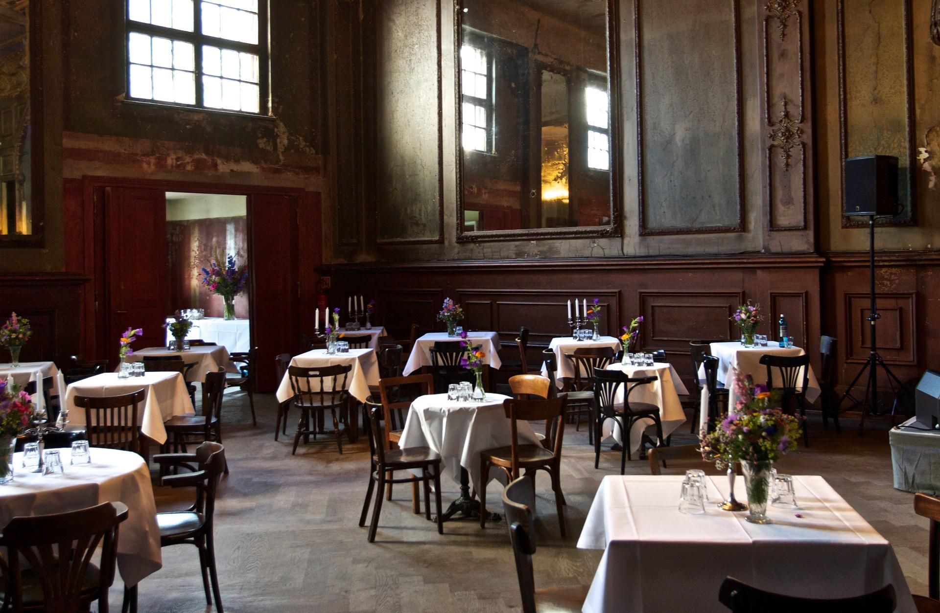 Hotel Concierge In Berlin