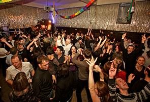 Party in Clärchens Ballhaus